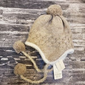 NEW Siggi wool winter hat with pom pom tassels